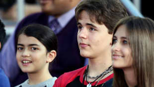 Blanket  Jackson, Prince Michael Jackson I and Paris Jackson in 2012