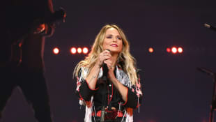 "Miranda Lambert Releases Glamorous New Music Video for ""Bluebird"": Watch It Here"