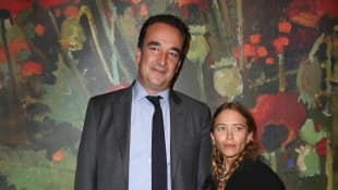 Olivier Sarkozy and Mary-Kate Olsen attend the 26th annual Take Home a Nude Art Party and Auction to benefit the New York Academy of Art Sothebys, October 11, 2017.
