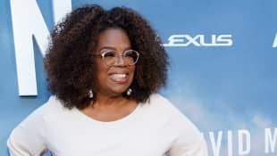 """Oprah supports Meghan and Harry's exit from the royal family """"1,000 Percent"""""""
