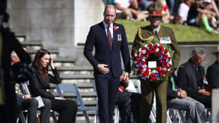The Duke of Cambridge lays a wreath as he attends the ANZAC Day Civic Service at the Auckland War Memorial Museum