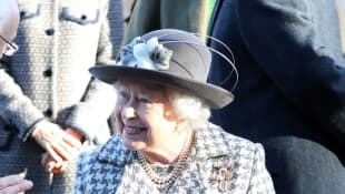 "Queen Elizabeth ""remains in good health"" after Prince Charles' coronvirus diagnosis"