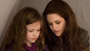 """Renesmee"" and ""Bella"" in 'Twilight'."