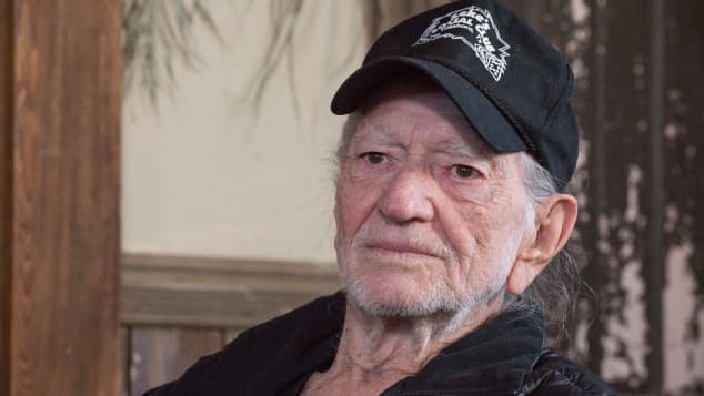 Willie Nelson says he has quit smoking!