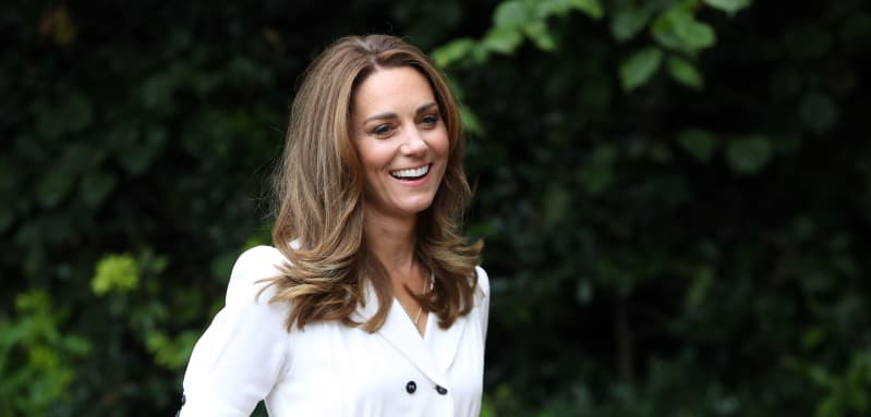 Kate Middleton Visits A Baby Bank And Sorts Shoes