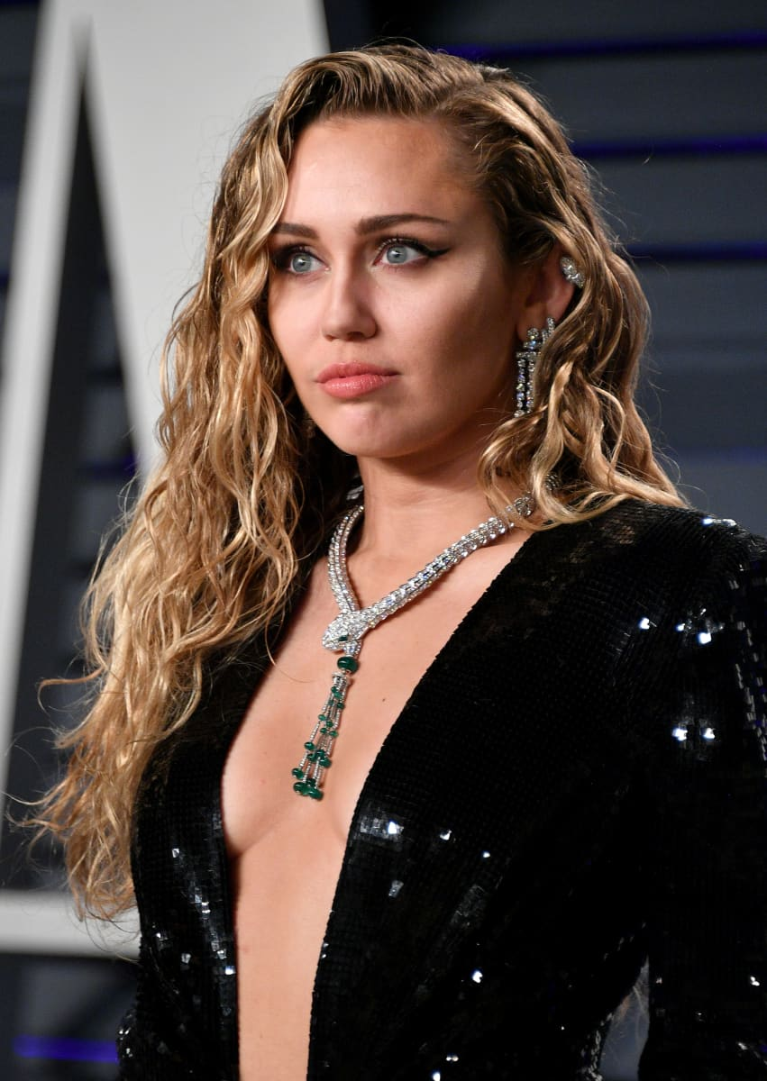 Miley Cyrus Says Her Voice Changed Following Malibu Fires