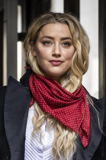 """Ex-Employee Of Amber Heard Reveals Behind-The-Scenes Details: """"Ms. Heard Was The Antagonizer"""""""