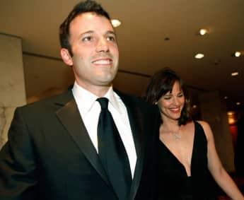 "Batman actor Ben Affleck Thanks His ""Thoughtful"" Ex-Wife Jennifer Garner & Opens Up About Sobriety"