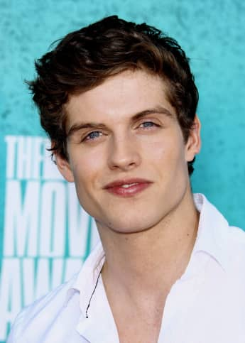 Daniel Sharman at the MTV Movie Awards in 2012