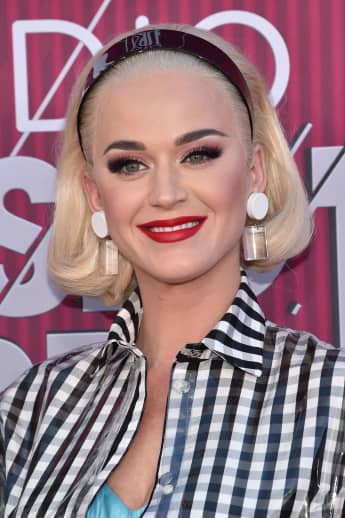"""Katy Perry Learns Of Rumour She Might Be Cousins With Taylor Swift: """"Well We Fight Like Cousins"""""""