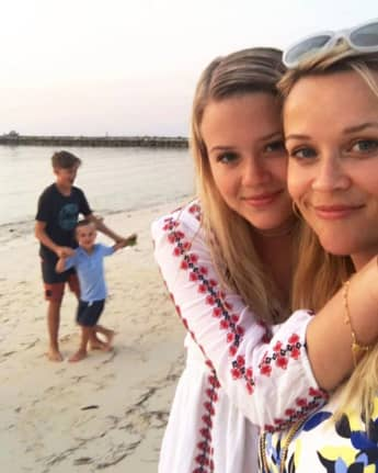 Reese Witherspoon with her daughter Ava Phillippe