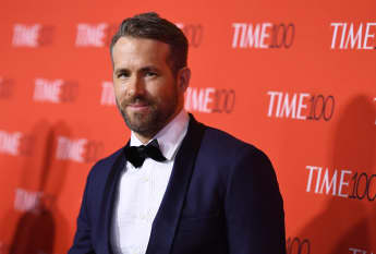 """Ryan Reynolds Opens Up About 15 Year-Long Friendship With Dwayne Johnson: """"He Really Laughs At Himself"""""""