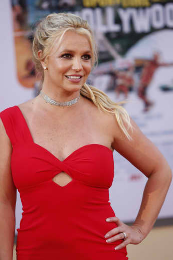 Britney Spears Wants Father Jamie Removed As Her Sole Conservator