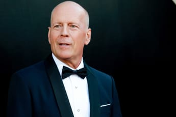 "Bruce Willis Wears Original ""Saving The World Outfit"" From 'Armageddon' While Self-Isolating"