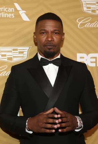 Jamie Foxx Sticks Up For Friend Jimmy Fallon During Blackface Controversy.