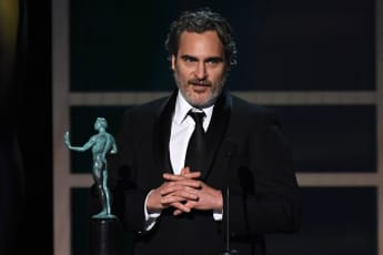 Joaquin Phoenix tributes his favourite actor, Heath Ledger in emotional SAG Awards Speech