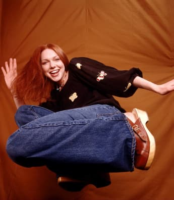 "Laura Prepon as ""Donna Pinciotti"" on That 70's Show."