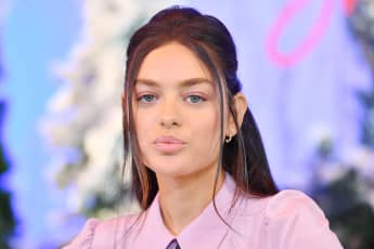 """Odeya Rush attends the photocall for Netflix's """"Let It Snow"""" on November 1, 2019 in Beverly Hills, California"""