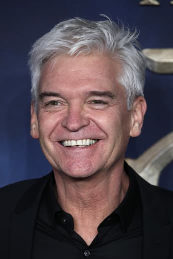 """Phillip Schofield attends the UK Premiere of """"Fantastic Beasts: The Crimes Of Grindelwald"""" at Cineworld Leicester Square on November 13, 2018 in London, England"""