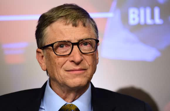 Bill Gates decided to leave Harvard University before getting his degree