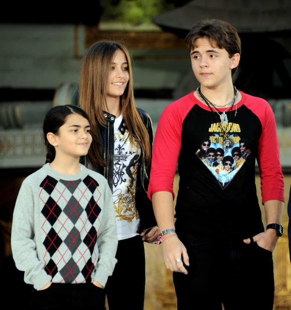 Blanket Jackson, Paris Jackson and Prince Michael I