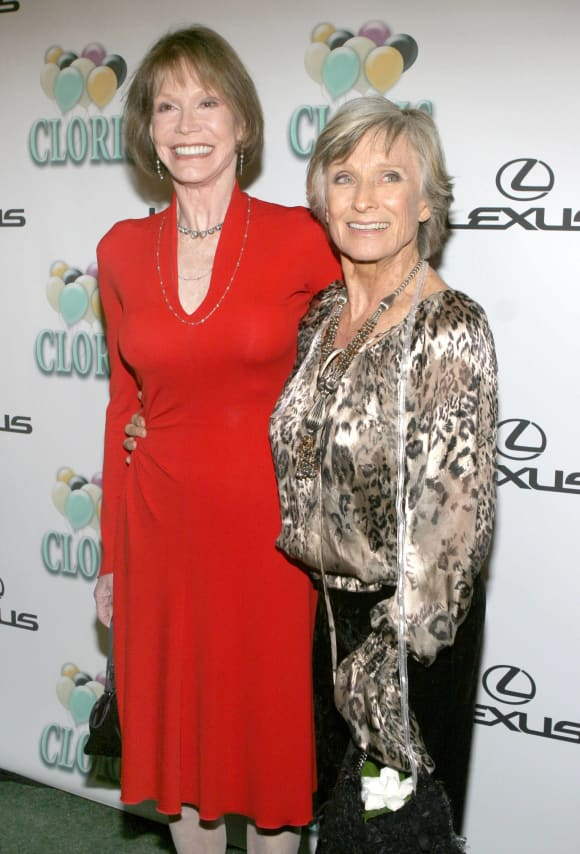 Mary Tyler Moore and Cloris Leachman for 'The Mary Tyler Moore Show'