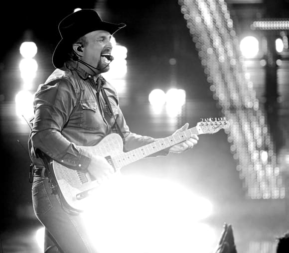Garth Brooks at the 2019 iHeartRadio Music Awards