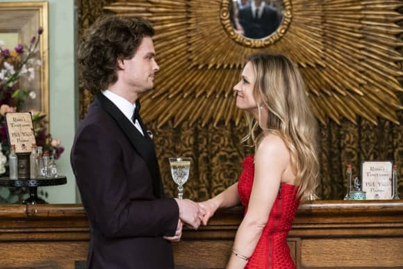 A.J. Cook and Matthew Gray Gubler in 'Criminal Minds'
