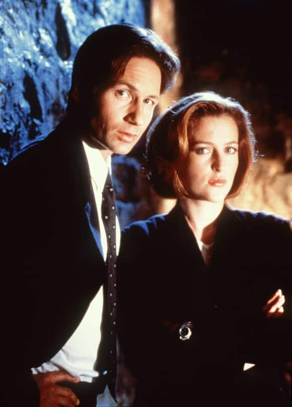 """David Duchovny and Gillian Anderson as """"Mulder"""" and """"Scully"""" X-Files"""