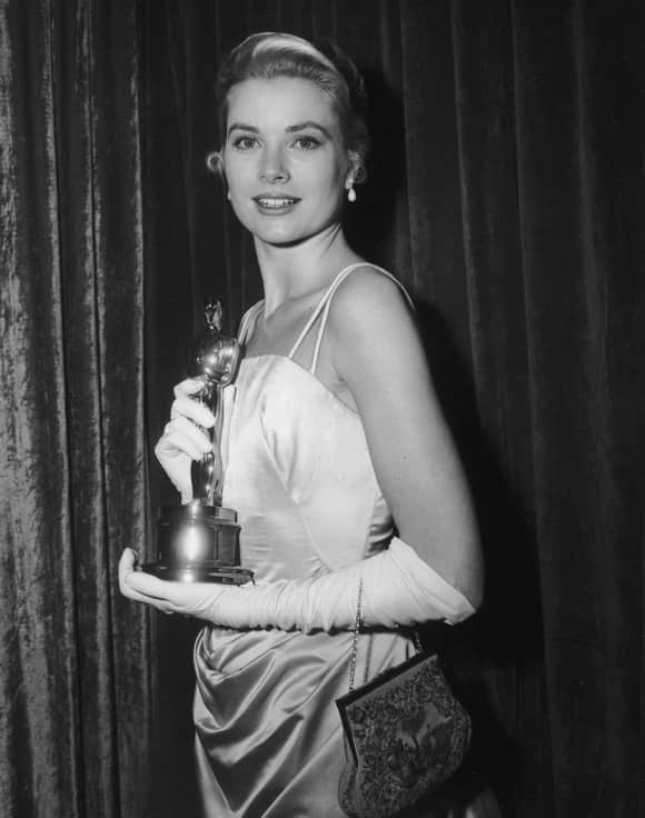 "Grace Kelly won an Oscar for ""The Counrty Girl"""