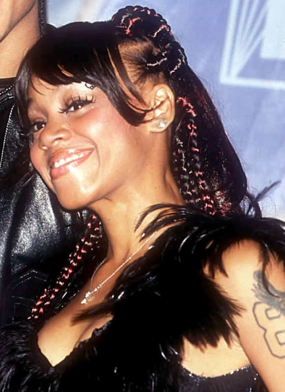 """Lisa """"Left Eye"""" Lopes died in a car accident"""