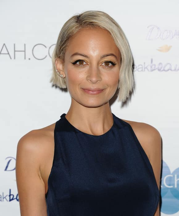 Nicole Richie rocking a blonde bob