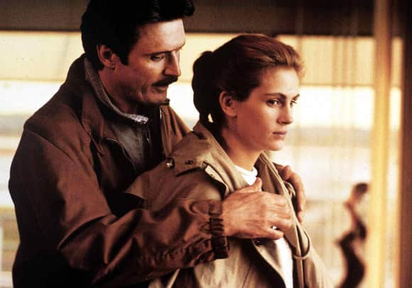 """""""Sleeping With the Enemy"""" with Julia Roberts and Patrick Bergin"""