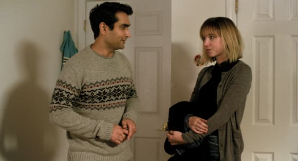 "Kumail Nanjiani and Zoey Kazan in ""The Big Sick"""