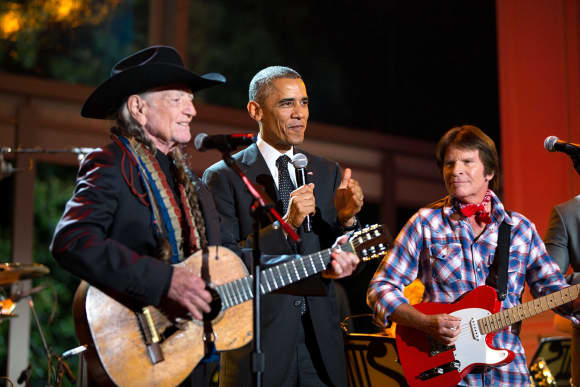 Willie Nelson and Barack Obama in 2014