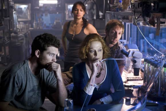 "Sam Worthington, Sigourney Weaver, Michelle Rodriguez and Joel Moore in ""Avatar"""