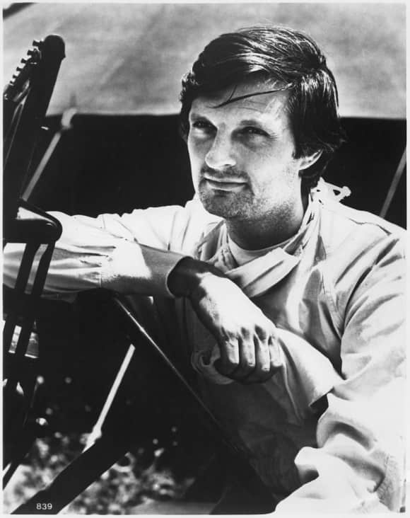 "Alan Alda ""Benjamin Franklin 'Hawkeye' Pierce"" M*A*S*H"