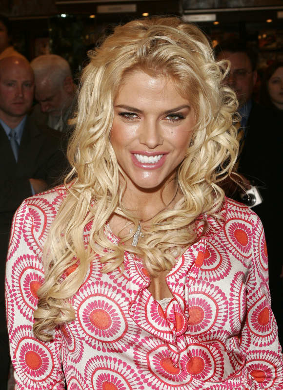 Anna Nicole Smith mysterious death
