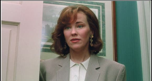 """Catherine O'Hara played """"Kate McAllister"""" in Home Alone."""