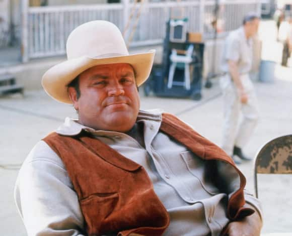 "Dan Blocker played ""Hoss Cartwright"" on Bonanza"
