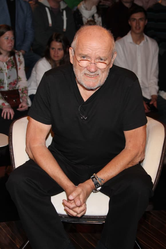 The German photographer Peter Lindbergh has passed away at the age of 74.