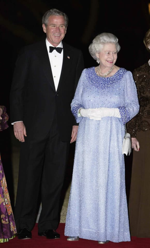 Queen Elizabeth II and George W. Bush in 2003