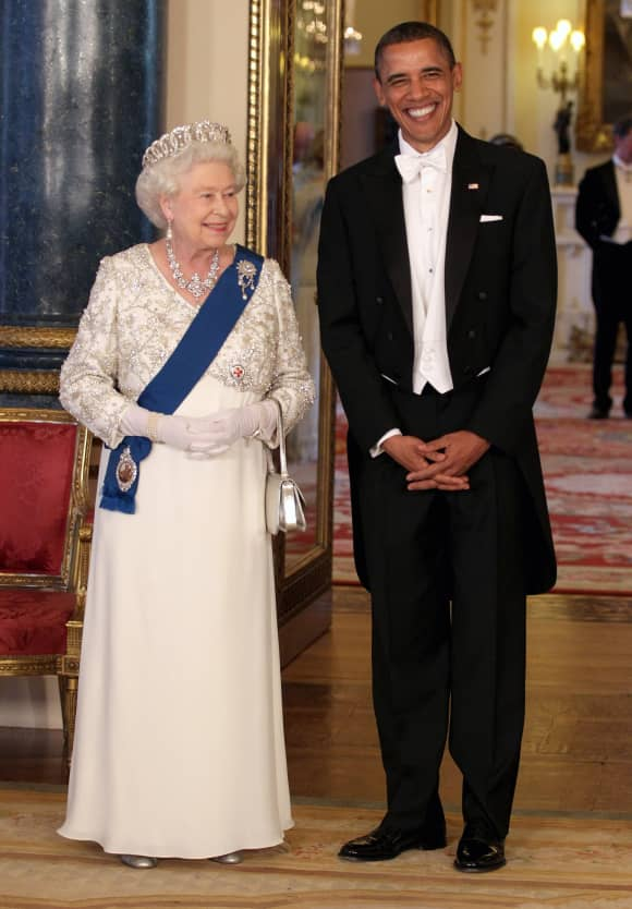 Queen Elizabeth and Barack Obama in 2011